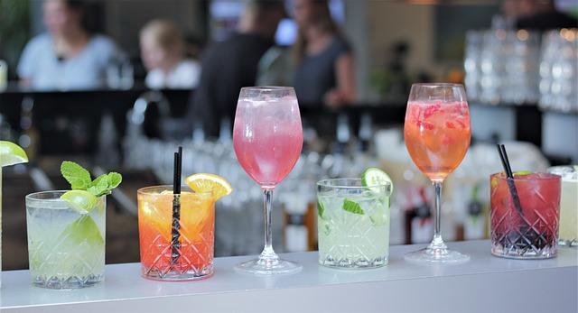 A világ Fizzei Standard bár italok Koktélok